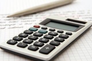 accountant-accounting-adviser-advisor-159804.jpeg